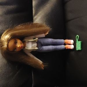 BOGO🌺2001 MGA Chloe Bratz Doll